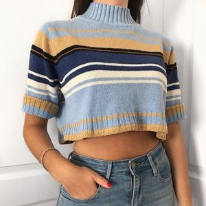Sweaters - Vintage cropped top sweater